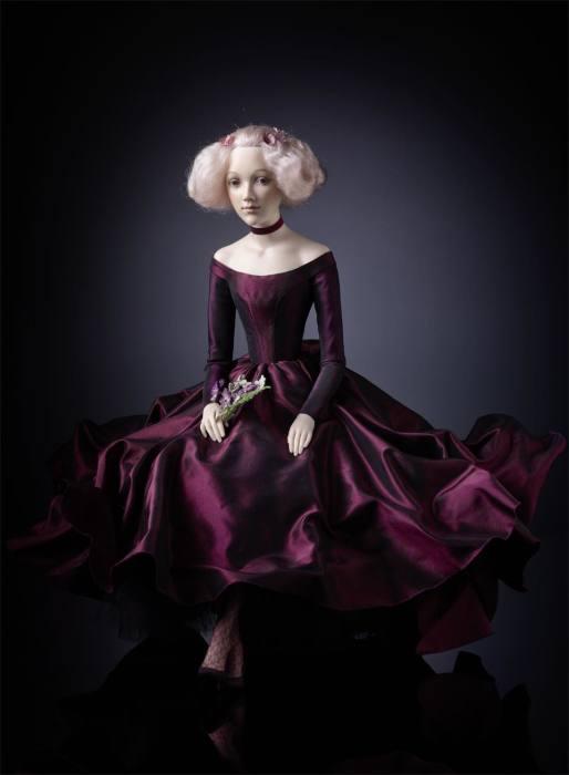 Фарфоровые куклы ручной работы в нарядах разных эпох, выполненных с исторической достоверностью