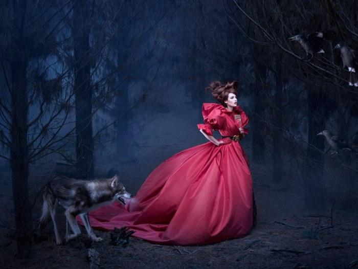 Шёпот в лесу. Из серии работ: В сумерках. Автор фото: Алексия Синклер (Alexia Sinclair).