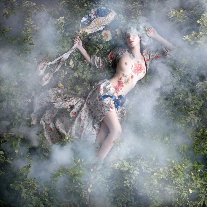 Лабиринт. Из серии работ: Рококо. Автор фото: Алексия Синклер (Alexia Sinclair).