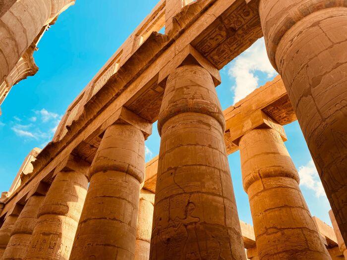 Карнакский храмовый комплекс. \ Фото: hamuesgyemant.hu.