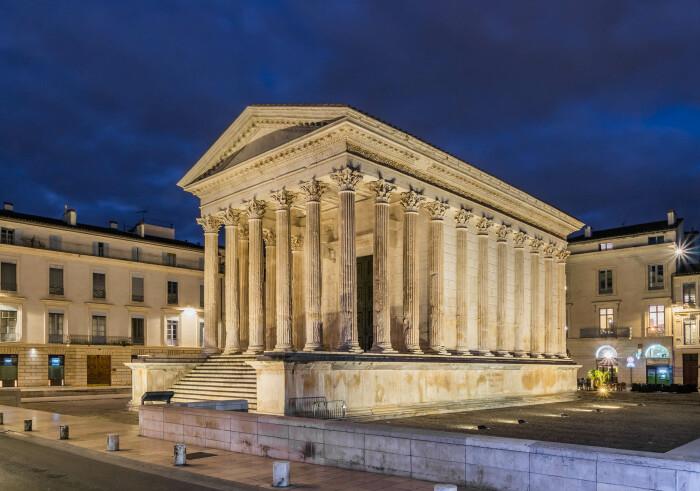 Квадратный дом, построенный примерно в 20 году до н. э. \ Фото: alidades-geometre.fr.