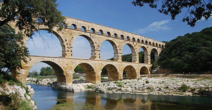 Пон-Дю-Гар, Франция. \ Фото: worldhistory.org.