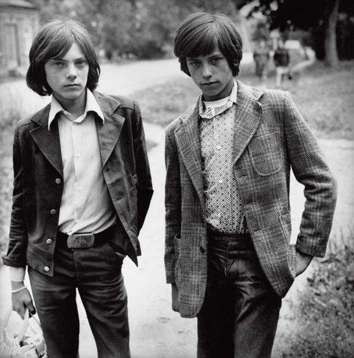 Кавалеры, 1979 год. Автор: Antanas Sutkus.