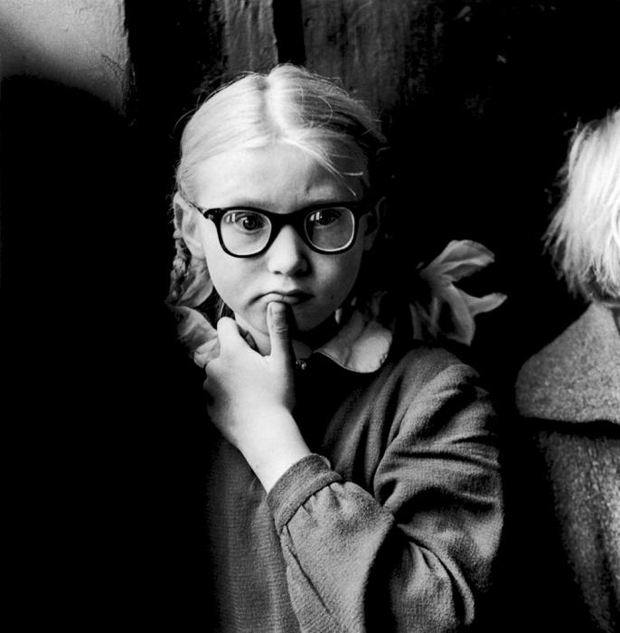 Первоклассница, 1962 год. Автор: Antanas Sutkus.