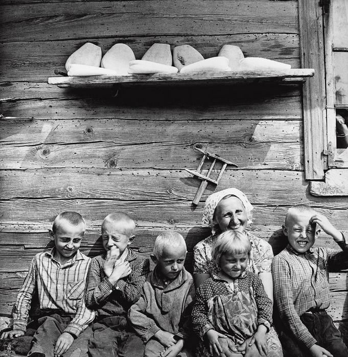 Литовская семья, 1967 год. Автор: Antanas Sutkus.