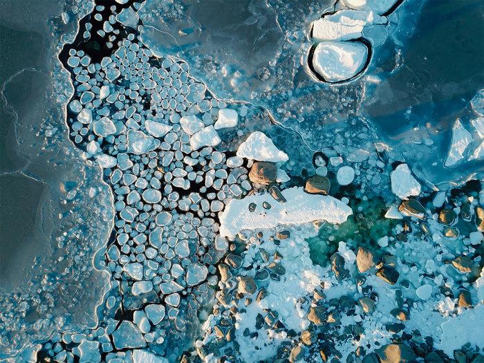 Антарктический блинный лёд. Автор: Zach Lockhard.
