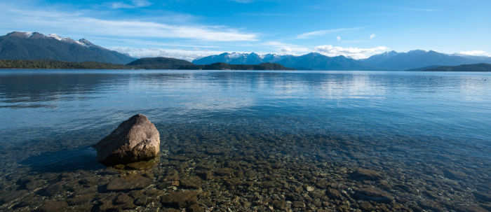 Озеро Те-Анау (Lake Te Anau). Автор фото: Энтони Харрисон (Anthony Harrison).