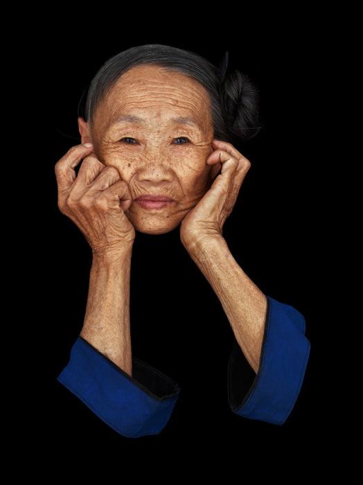 Чэнь Най Бен (Chen Nai Ben), народность Миао (Хмонг). Китай. Автор фото: Антуан Шнек (Antoine Schneck).