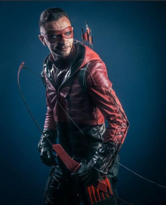 Red Arrow (Красная стрела). Автор работы: фотохудожник Антти Карппинен (Antti Karppinen).