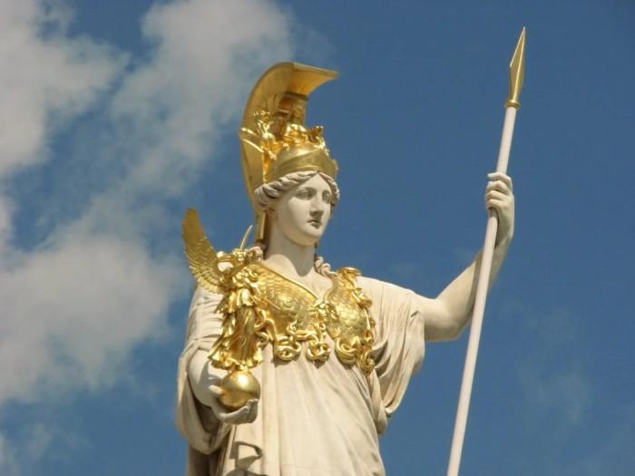 Статуя Афины-Паллады. \ Фото: facebook.com.
