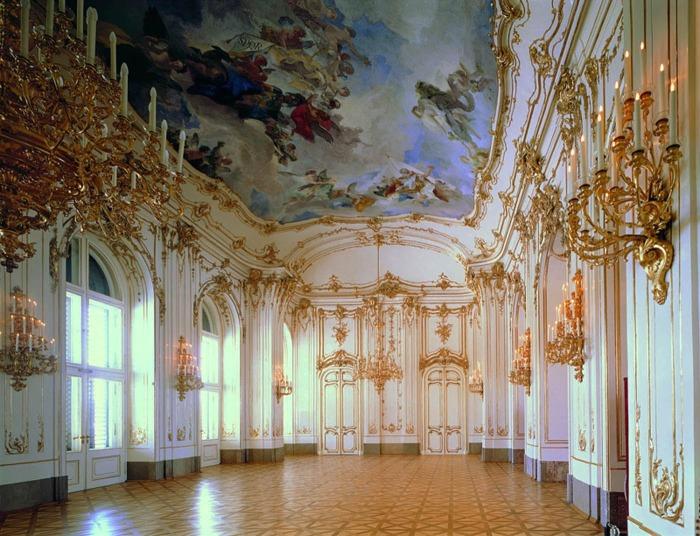 Небольшая галерея в стиле барокко, дворец Шёнбрунн в Вене. \ Фото: pinterest.com.