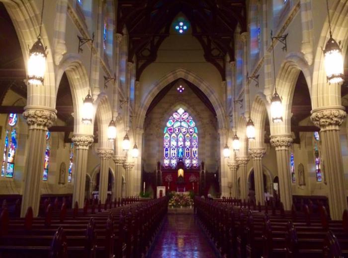Церковь Святой Марии в Ньюпорте. \ Фото: stmarynewport.org.