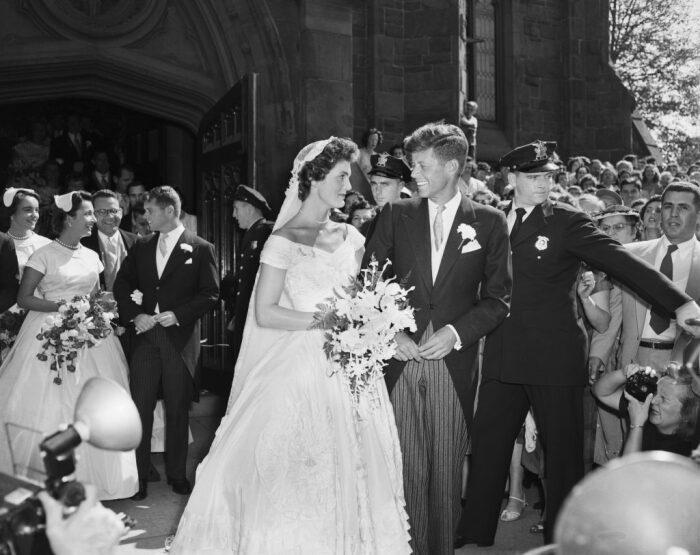 Сенатор Джон Кеннеди и его жена. \ Фото: consent.yahoo.com.