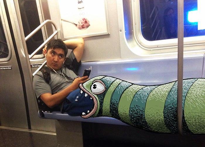 Монстры в метро. Автор: Ben Rubin.