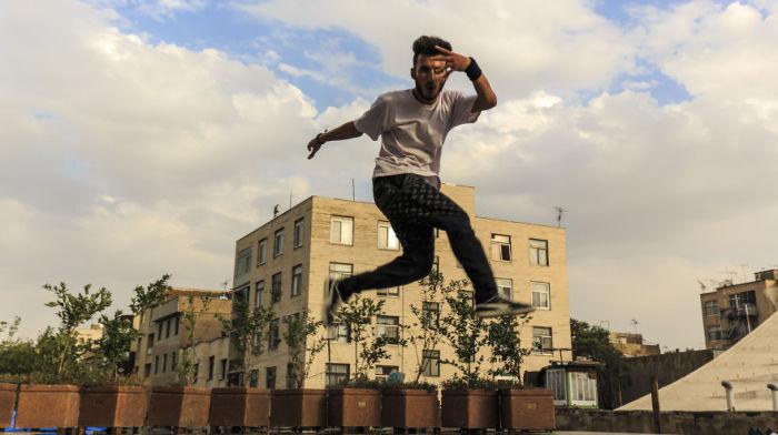 Хип-хоп танцор. Тегеран. Автор фото: Бернард Руссо (Bernard Russo).