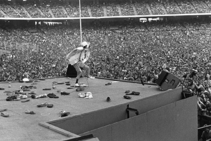 Мик Джаггер (Mick Jagger), 1975 год. Автор фото: Bob Gruen.