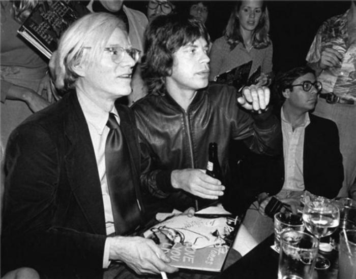 Энди Уорхол (Andy Warhol) и Мик Джаггер (Mick Jagger), 1977 год. Автор фото: Bob Gruen.
