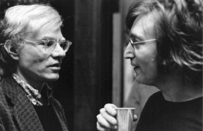 Энди Уорхол (Andy Warhol) и Джон Леннон (John Lennon), 1972 год. Автор фото: Bob Gruen.