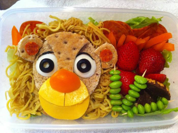 Аппетитный лев.