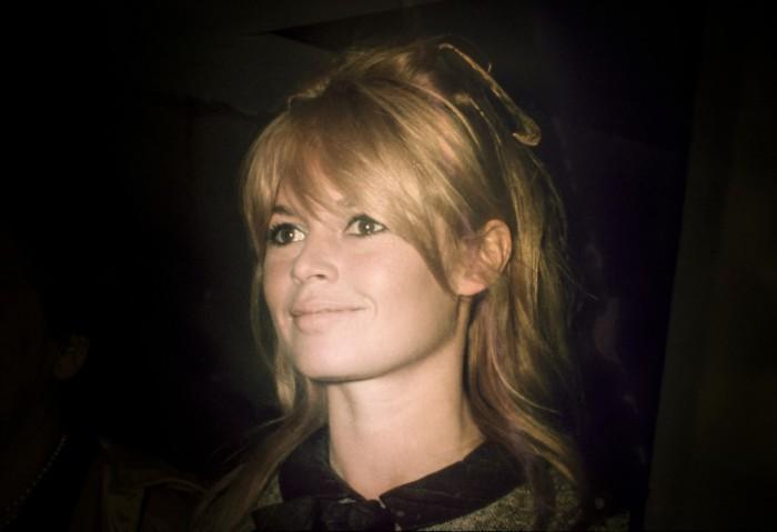 Неподражаемая Брижит Бардо (Brigitte Bardot) в объективе фотокорреспондента Рэя Беллисарио (Ray Bellisario).