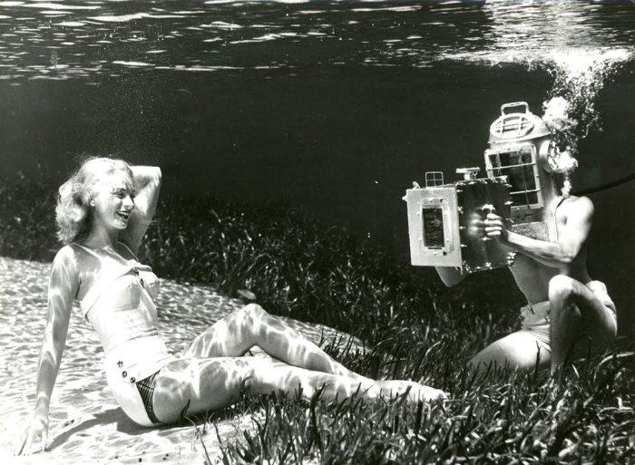 Гуру подводной съемки. Автор работ: Брюс Мозерт (Bruce Mozert), 1938 год.