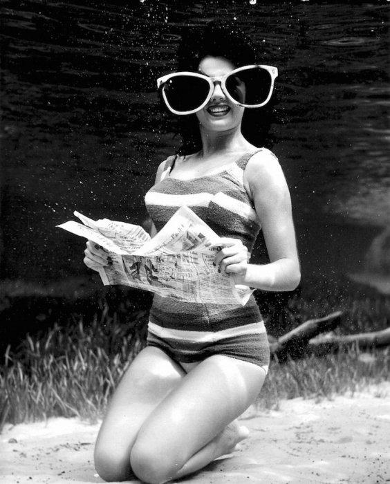 Солнцезащитные очки. Автор работ: Брюс Мозерт (Bruce Mozert).