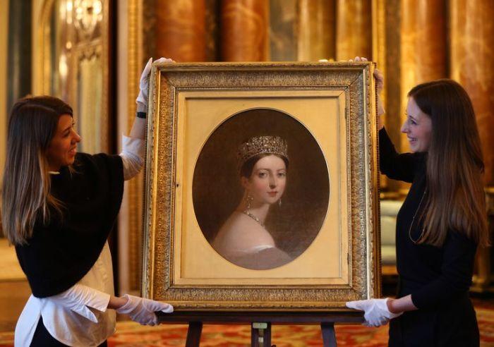 Портрет королевы Виктории.