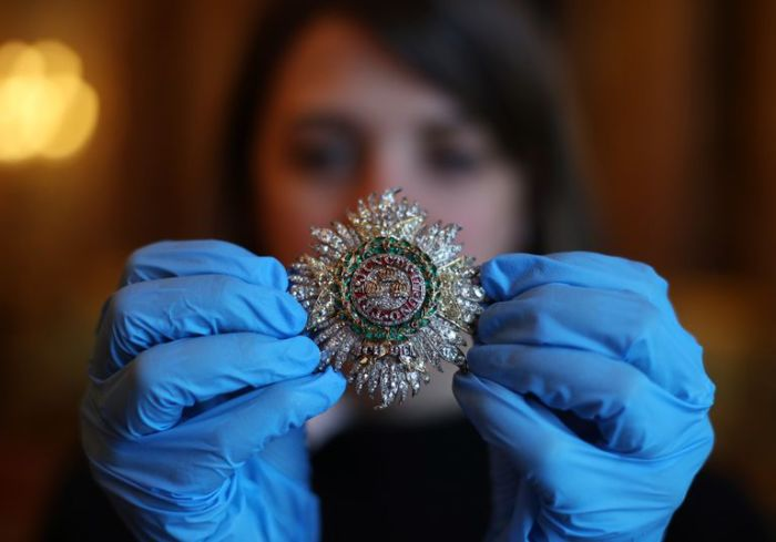 Королевская звезда Ордена Бани.