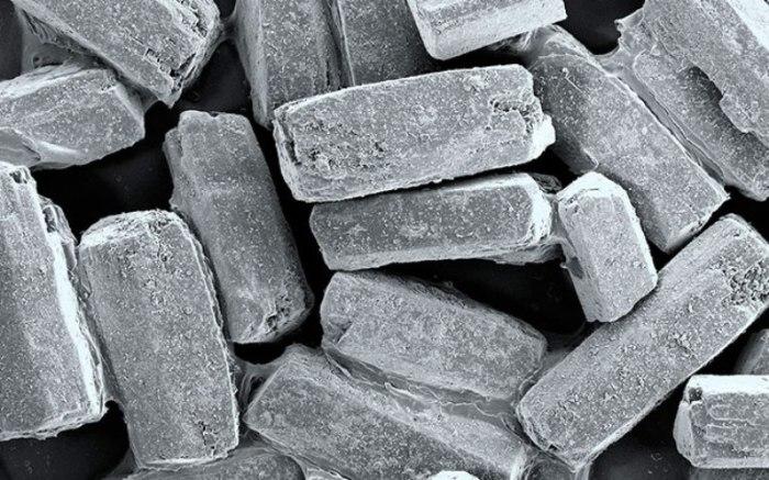 Сахарный песок похожий на кирпичи.