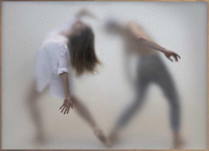 Танец. Автор: Casper Faassen.