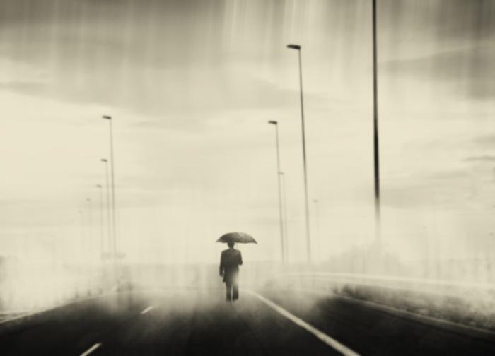 Потерянный. Блестящий фотопроект о таинственном одиноком человеке. Автор фото: Сезар Блэй (Cesar Blay).