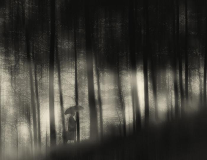 Восхождение. Блестящий фотопроект о таинственном одиноком человеке. Автор фото: Сезар Блэй (Cesar Blay).