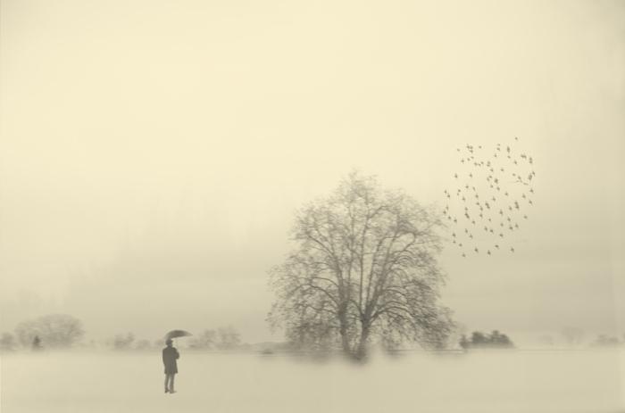 Состояние уныния. Блестящий фотопроект о таинственном одиноком человеке. Автор фото: Сезар Блэй (Cesar Blay).