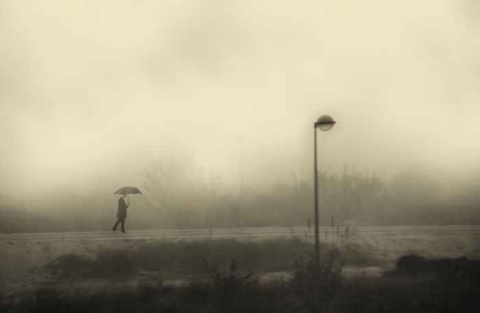 Искатель. Блестящий фотопроект о таинственном одиноком человеке. Автор фото: Сезар Блэй (Cesar Blay).