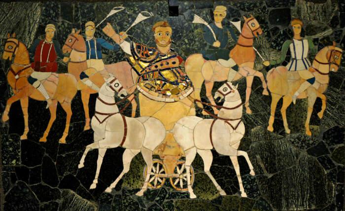 Панно, на котором изображён возничий с всадниками, одетыми в цвета цирковых фракций, начало 4-го века н. э. \ Фото: afsb.org.