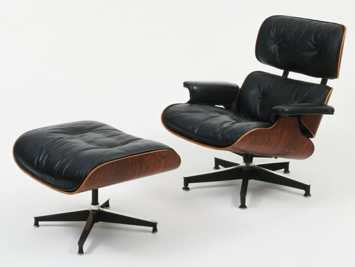 Кресло для отдыха и пуфик, Чарльз и Рэй Имз, 1956 год. \ Фото: blogmachine.io.