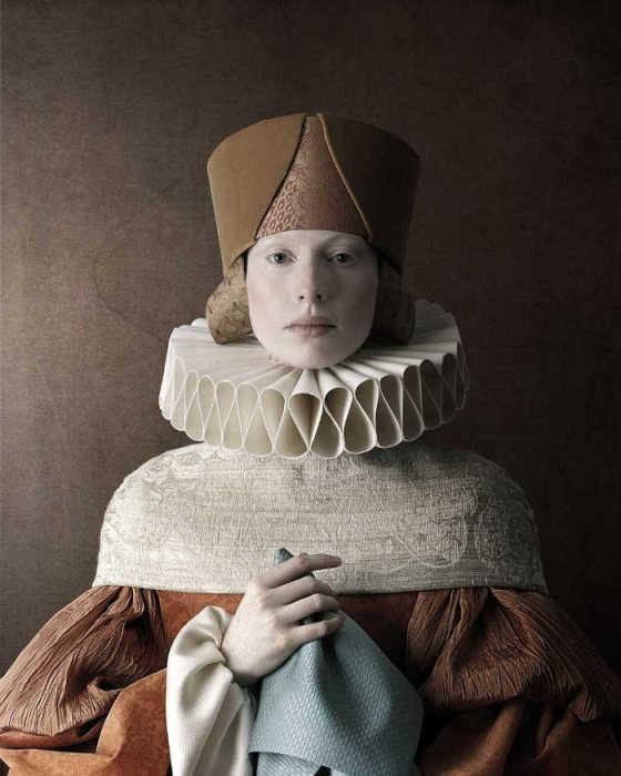 Девушка с платочком. Автор: Christian Tagliavini.