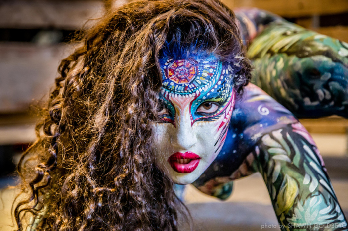Фестиваль боди-арта Circus North. Торонто. Лицом ко мне. Автор фото: Шон Голдберг.