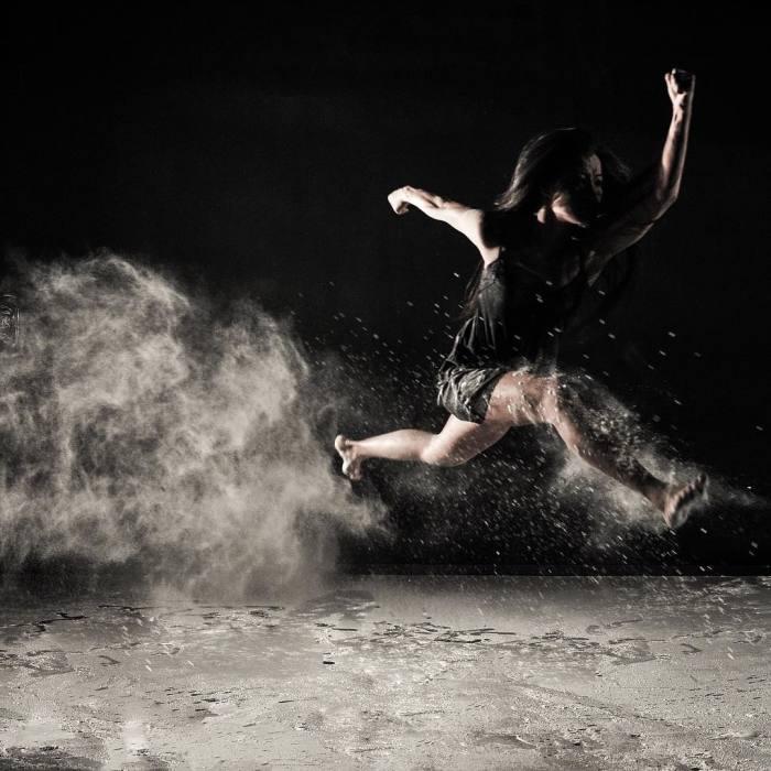 Пыль. Автор: Cody Choi.