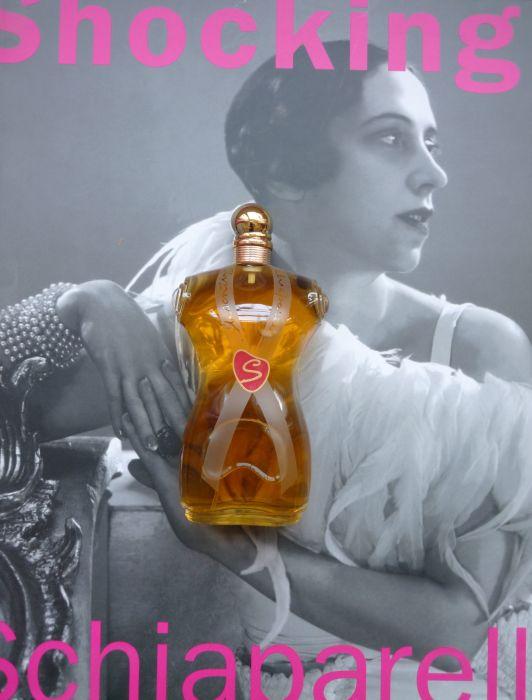 Первые откровенно-интимные духи. \ Фото: thescentcritic.com.