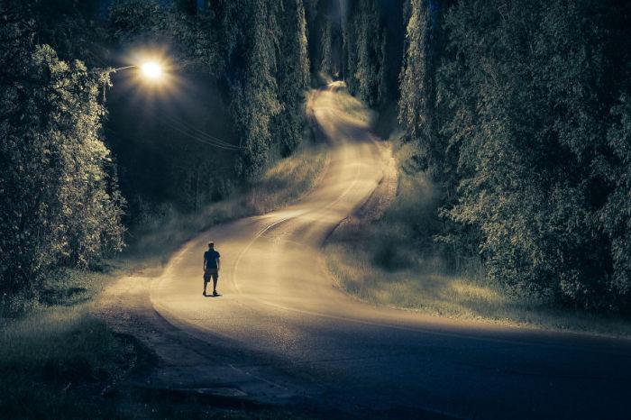 Дальняя дорога. Сюрреалистические работы от фотографа Дэн Кинг (Dan King).