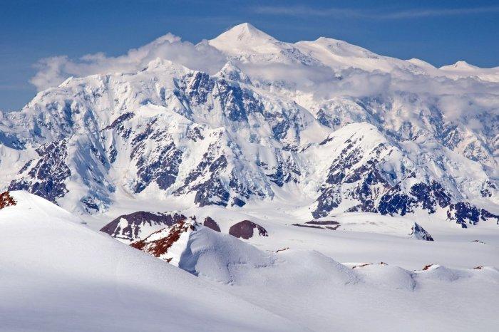 Гора Логан.