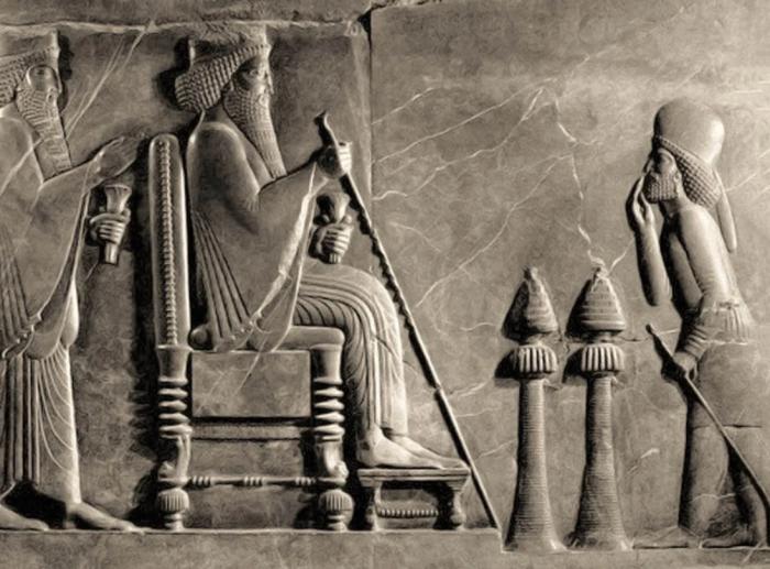 Рельеф Дария Великого, Персеполь, 500 г. до н. э. \ Фото: google.com.
