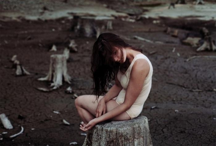 Одиночество. Автор фото: David Uzochukwu.