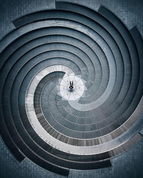 Спираль. Автор Demas Rusli.