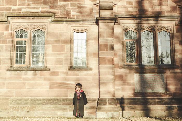 Дэкс - мальчик, который чувствует себя Гарри Поттером.