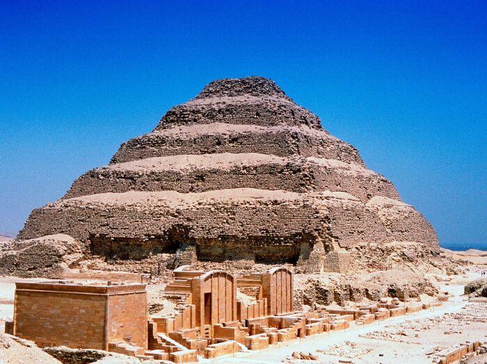 Одна из самых древних пирамид в мире. \ Фото: thoughtco.com.