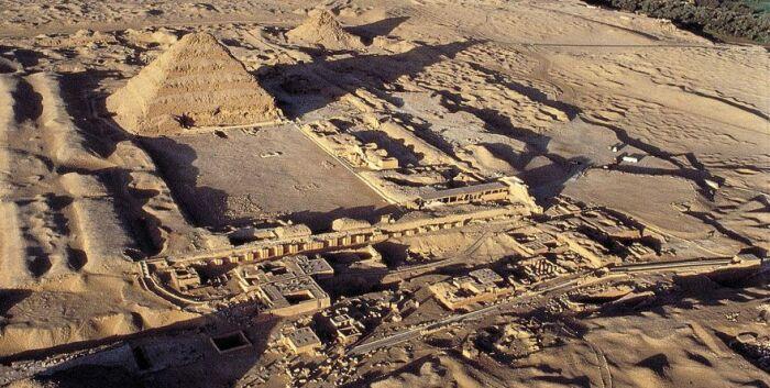 Некрополь Саккара в Египте. \ Фото: pinterest.at.
