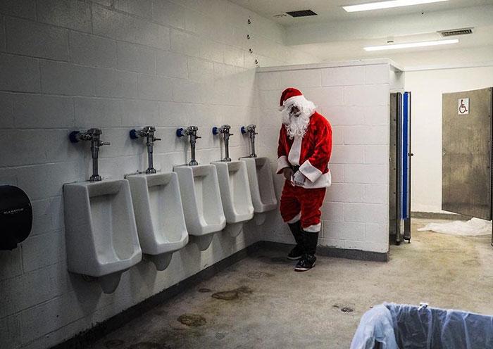 Санта Клаус. Автор: Donato Di Camillo.