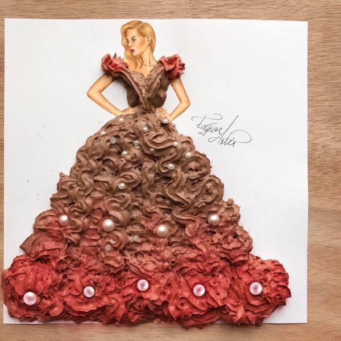 Дизайнер из Армении создаёт из подручных средств роскошные наряды для нарисованных моделей